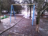 Школу в Запорожской области затопило талой водой