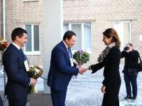 Жена Президента побывала в запорожской школе (Фото)