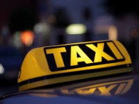 На запорожском курорте пассажиры избили и ограбили таксиста