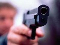 В центре Запорожья мужчина подстрелил прохожего