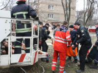 Двое человек получили серьезные ожоги во время взрыва в подпольной нарколаборатории