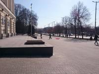 Перед запорожской мэрией рухнул флагшток (Фото)