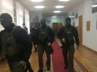 Обыски в кабинете запорожского губернатора и его зама проводят из-за земли