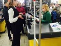 Запорожанка столкнулась с Порошенко в супермаркете
