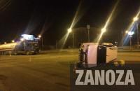 В центре Запорожья внедорожник перевернулся, врезавшись в бензовоз (Фото)