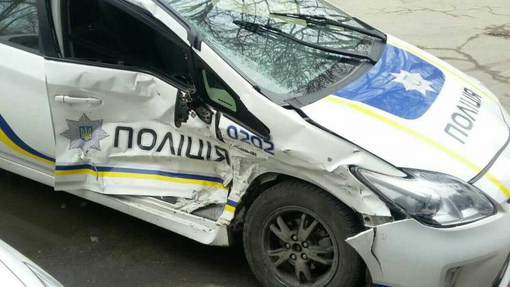 Двое полицейских оказались в клинике  после ДТП на дорогах  Запорожья