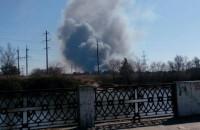 Город в Запорожской области окутало черным дымом