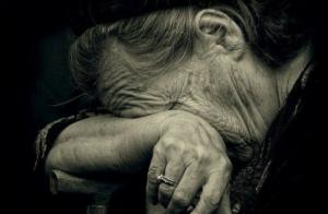 Запорожец изнасиловал пожилую женщину