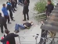 Раненный ножом запорожец скончался на ступеньках кафе (Видео)