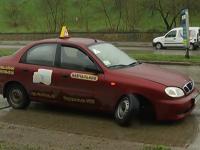 В Запорожской области машина автошколы угодила в ДТП