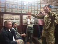 Запорожские военные набросились на маршрутчика с кулаками (Видео)