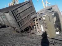 В Запорожской области поезд несколько метров протащил КамАЗ