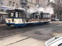 Коммунальщики будут чинить сгоревший трамвай за свой счет