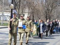 Под Запорожьем в последний путь своего героя проводили тысячи местных жителей