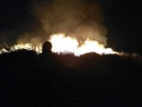 В Запорожье масштабно горит коммунальная свалка (Видео)