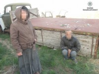 В полиции рассказали, за что фермер заковал в цепи заложников