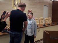В Запорожье награду за помощь армии получил 12-летний волонтер