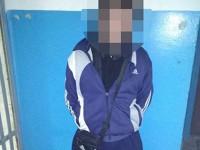 Вооруженный мужчина средь бела дня ограбил киоск