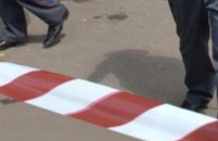 В Запорожской области подросток сорвался с балкона на глазах у девушки