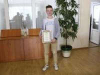 14-летнего запорожца, который спас провалившегося в люк друга, номинировали на несколько премий