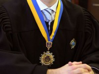 Новая судья запорожского райсуда владеет одной квартирой и ездит на «Шевроле»