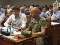 Запорожскому депутату на сессии вручили повестку