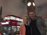 Запорожский певец поделился фото с медового месяца