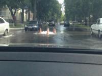 В центре Запорожья напротив управления спасателей произошел потоп (Фото)