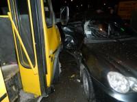 Суд оправдал запорожанку, которая с детьми врезалась в маршрутку с пассажирами