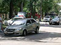 В центре Запорожья легковушка потеряла колесо