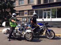 За безопасностью на запорожском курорте следят полицейские на мотоциклах