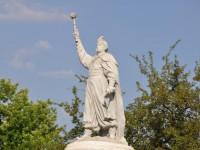 В мелитопольской полиции завели дело за выделение 140 тысяч на бесхозные памятники