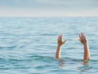 На запорожском курорте отдыхающие спасли женщину, пытавшуюся утопиться