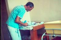 Новорожденный сын семьи волонтеров нуждается в помощи
