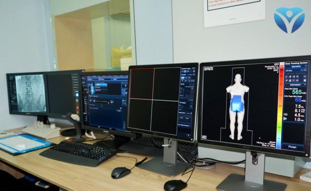 Фото 9_На мониторе специалисты видят тончайшие сосуды тела человека
