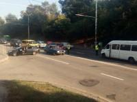 В Запорожье маршрутка столкнулась с легковушкой – пятеро пострадавших