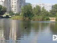В прогулочном канале Энергодара со вчерашнего вечера ищут утопленника