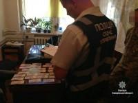 В Запорожской области двоих сотрудников мэрии задержали на взятке