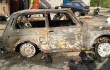 В Запорожье на СТО сгорели сразу две машины (Фото)