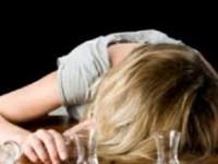 Пьяная запорожанка, оставившая малышку без присмотра, отделалась предупреждением