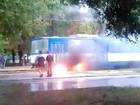 В Запорожье загорелся очередной трамвай (Видео)