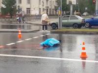 В центре Запорожья на оживленном участке маршрутчик насмерть сбил пешехода (Видео)