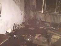 Пока родителей нет дома: из горящей квартиры вынесли ребенка