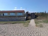На запорожском курорте бывший регионал отобрал у детского лагеря пляж