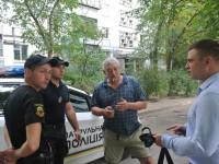Журналисту запорожского телеканала едва не разбили камеру на детском празднике