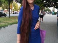 Запорожская Рапунцель 15 лет не стригла волосы