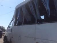Появились фото с места ДТП, в котором бензовоз зацепил маршрутку