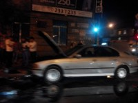 В центре Запорожья на ходу загорелась легковушка