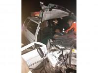 В Запорожской области людей вырезали из покореженного авто