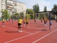 В запорожской школе открыли первый из семи обновленных стадионов